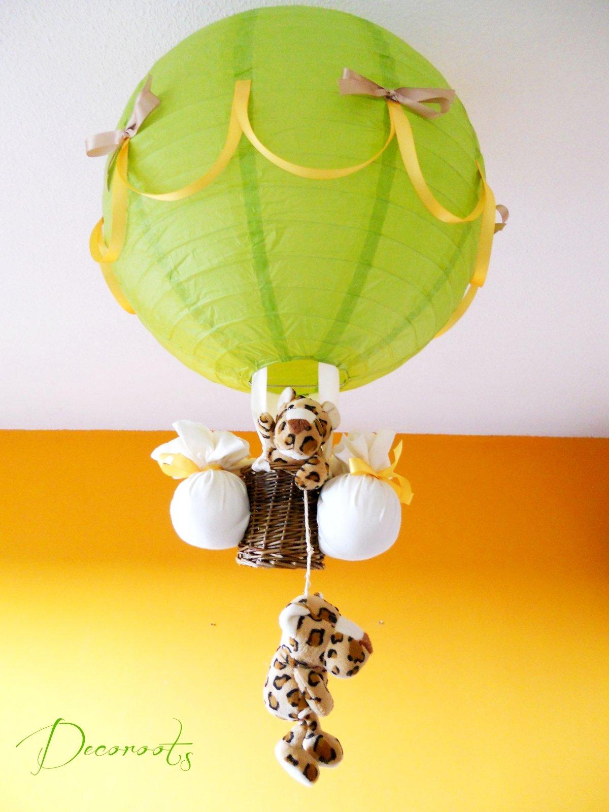 lampe montgolfi re enfant b b l opard vert anis jaune et marron noisette enfant b b. Black Bedroom Furniture Sets. Home Design Ideas