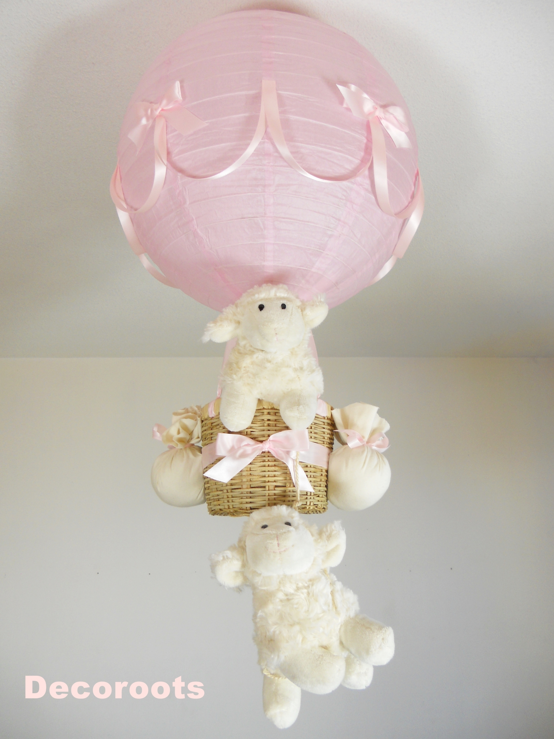 lampe montgolfi re enfant b b mouton fille rose d coration chambre enfant b b luminaire. Black Bedroom Furniture Sets. Home Design Ideas