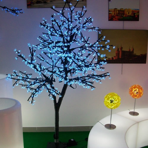 arbre lumineux led cerisier m 960 leds deco lumineuse. Black Bedroom Furniture Sets. Home Design Ideas