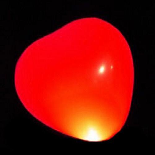 Ballon lumineux led coeur deco lumineuse for Deco en forme de coeur