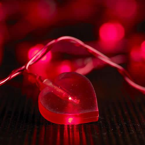 Guirlande lumineuse led coeurs rouges deco lumineuse - Guirlande lumineuse led interieur ...
