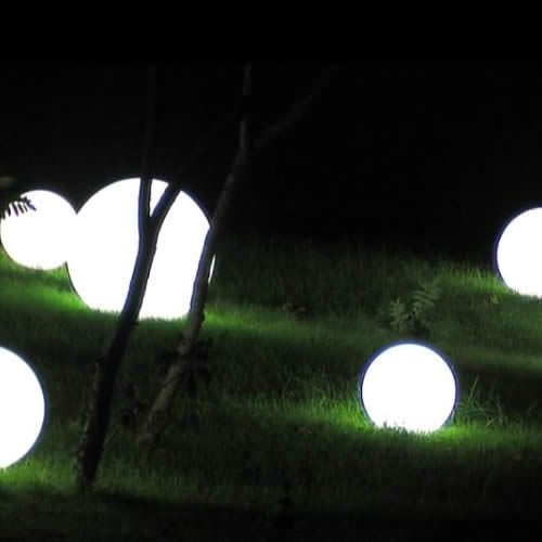 boule lumineuse led int rieur ext rieur patio 20 cm deco. Black Bedroom Furniture Sets. Home Design Ideas