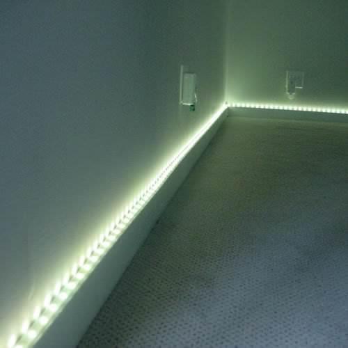 kit ruban lumineux led m blanc froid deco lumineuse. Black Bedroom Furniture Sets. Home Design Ideas
