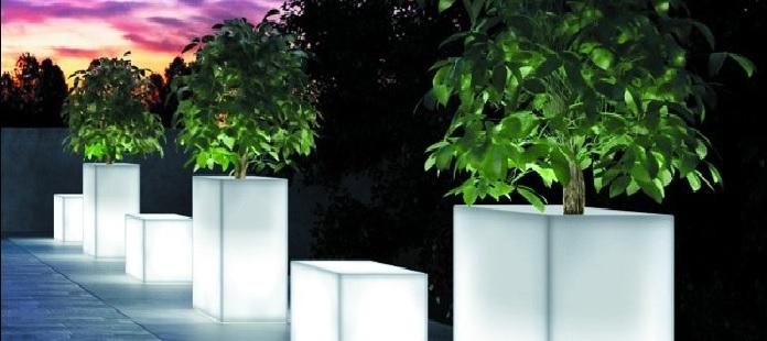 Pot lumineux led sans fil deco lumineuse for Vase solaire exterieur