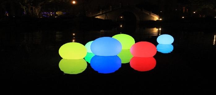 D coration de piscine zen deco lumineuse for Decoration pour piscine