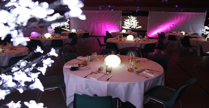 centre de table lumineux design deco lumineuse. Black Bedroom Furniture Sets. Home Design Ideas