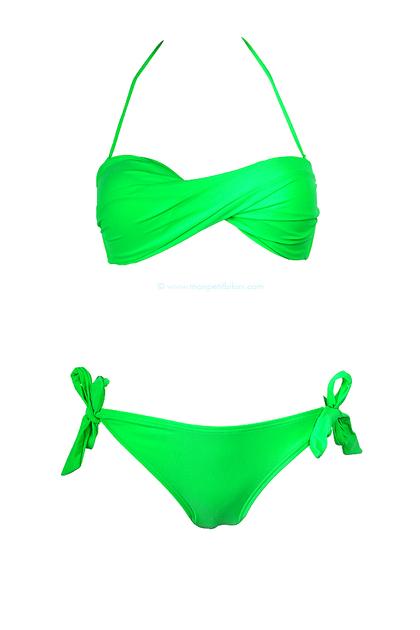 Une culotte verte qui branlait ma verg s76