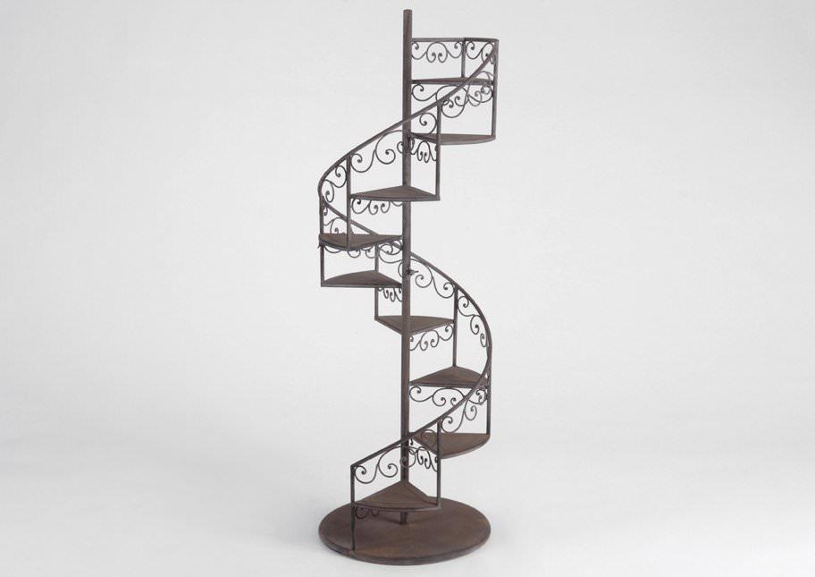 porte plantes escalier antan ameublement tag re pat re l 39 atelier toile de lin. Black Bedroom Furniture Sets. Home Design Ideas