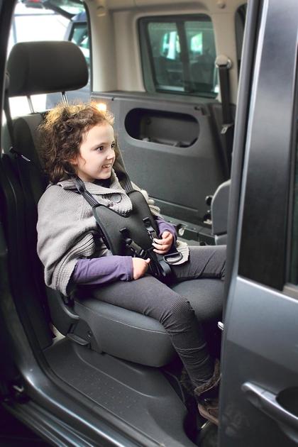 la h 39 veste harnais de maintien enfant et adulte pour la voiture. Black Bedroom Furniture Sets. Home Design Ideas