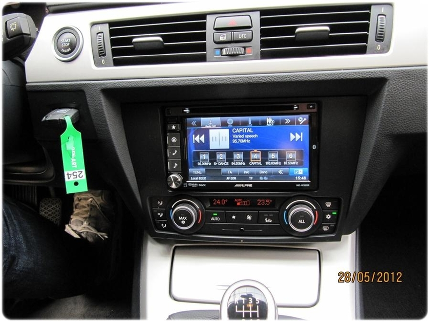 pack cran tactile alpine autoradio gps bmw s rie 3 e90 e91 e92 autoradios. Black Bedroom Furniture Sets. Home Design Ideas