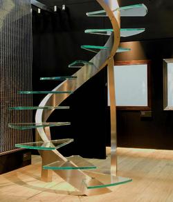 Le top 15 des escaliers en colima on originaux et design - Supports magazines simples fois tres design ...