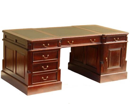 bureau de style anglais 180 cm en acajou avec sous main noir meubles de style bureaux de style. Black Bedroom Furniture Sets. Home Design Ideas