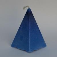 Bougie bleue pyramide en cire de soja