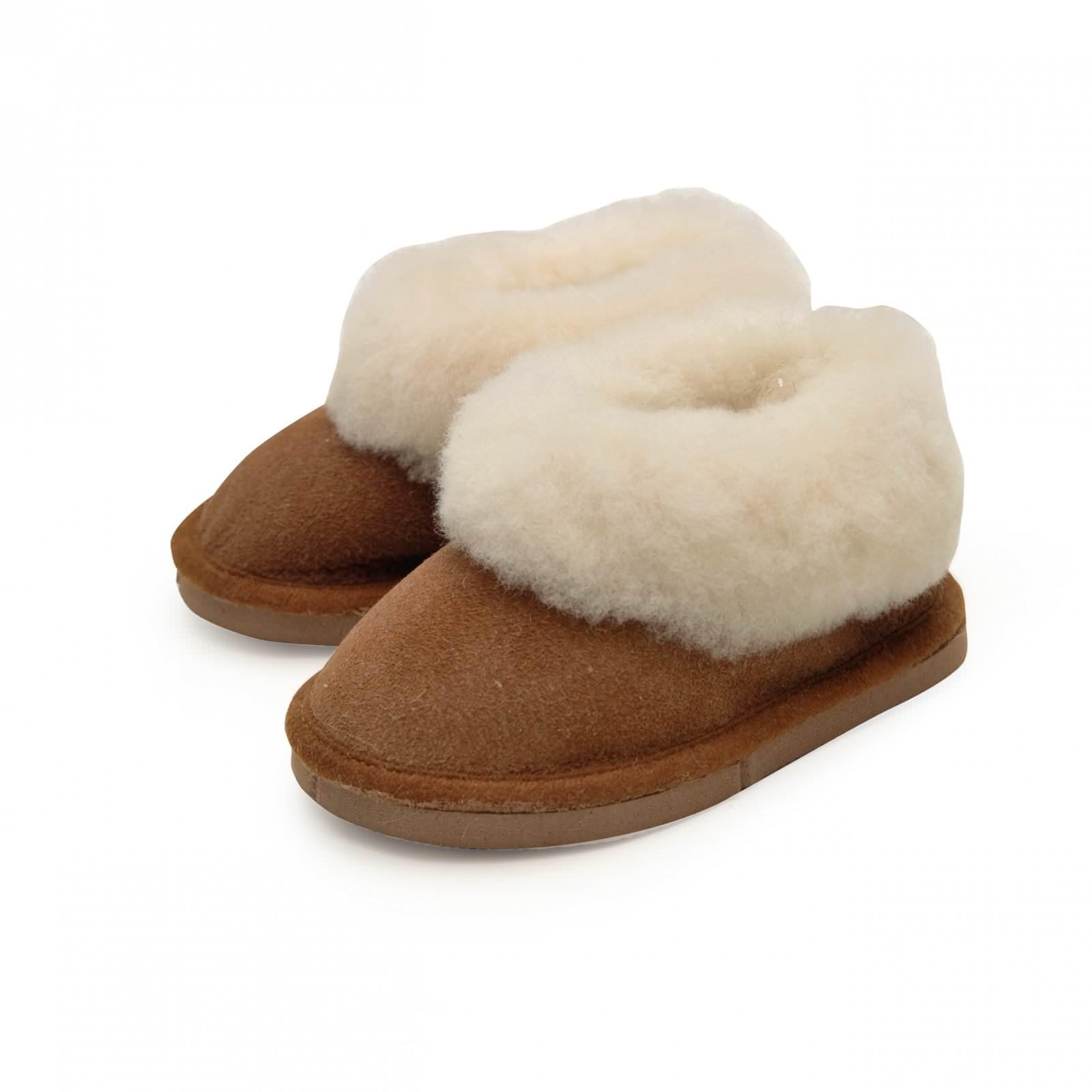 chaussons enfant fourr s en peau de mouton marron b b. Black Bedroom Furniture Sets. Home Design Ideas