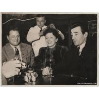 Edith PIAF, Charles AZNAVOUR et LE CHANTEUR SANS NOM (Roland AVELLIS) - Photographie grand format dédicacée