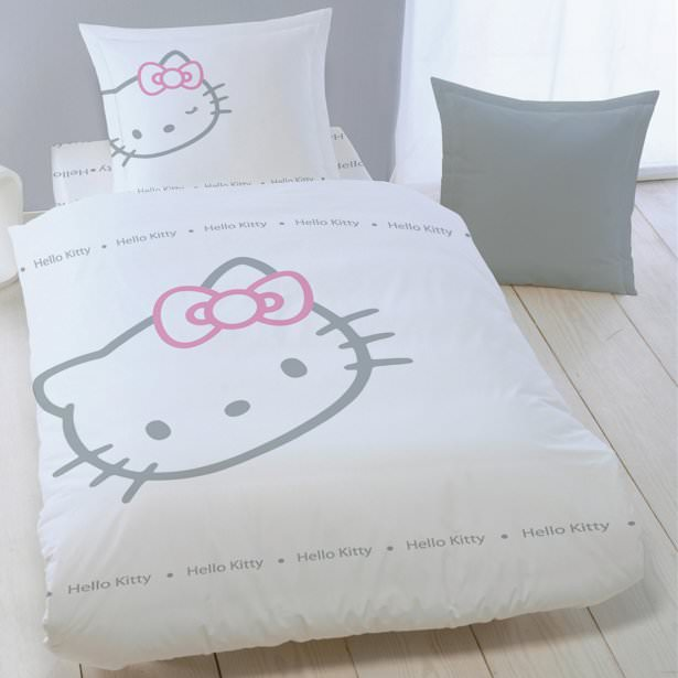 hello kitty parure de lit enfant housse de couette 100 coton blinky hello kitty linge. Black Bedroom Furniture Sets. Home Design Ideas