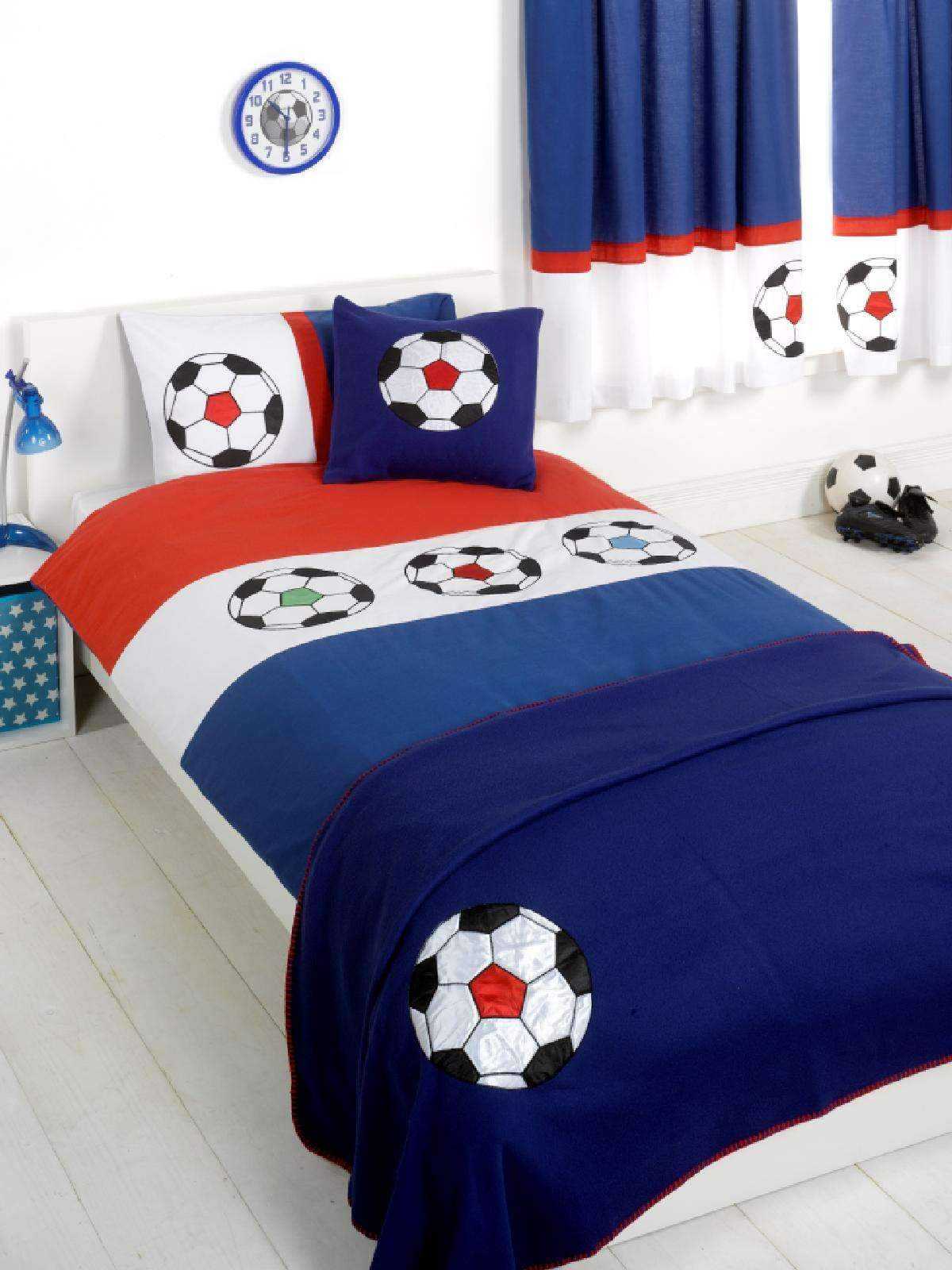 housse couette football. Black Bedroom Furniture Sets. Home Design Ideas