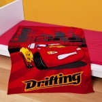 "Disney Cars 2 - PLAID  ""Drifting"" 130 x 160 cm"