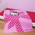 "HELLO KITTY - Couverture - Plaid enfant  ""Plumetis"""