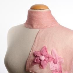 Echarpe lin LestFiore ROSE et fleurs cousues