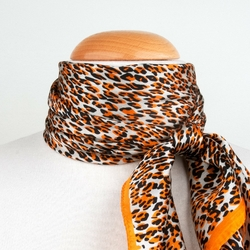 Carré de soie <br>Léopard orange