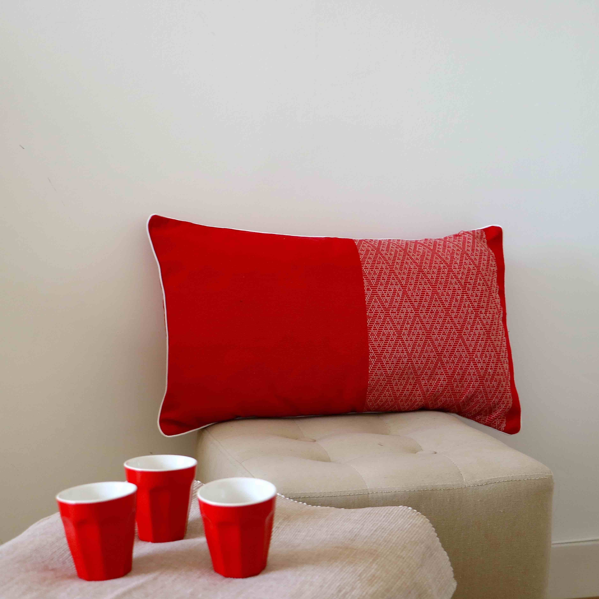 Coussin Walang rouge