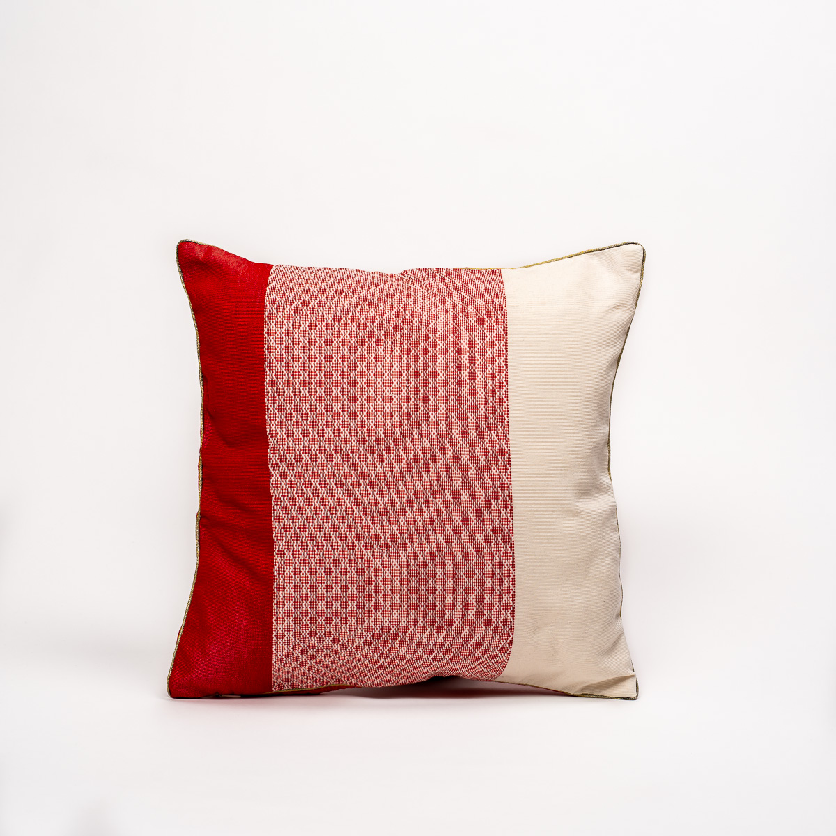 Coussin Hruh Hnue rouge