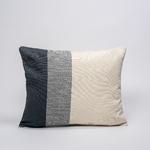 coussin-ecoresponsable-ede-branche-gris-blanc-grand-1