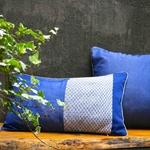 ede-design1-bee-blue-pillow-s-13-1