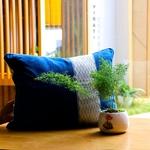 jarai-design1-blue-pillow-l-1