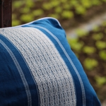 jarai-design2-blue-pillow-3
