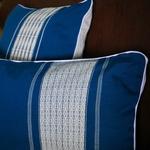jarai-design2-blue-pillow-7