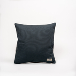 2020-10-JMDUFOUR-TrendEthics-Packshot-coussin-we-than-gris-carre-2-light