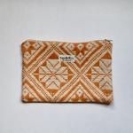trendethics-pochette-orange-dokmai-grande-1
