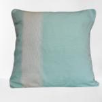 trendethics-coussin-boni-bleu-celadon-carre-1-fond-blanc
