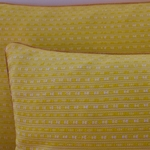 laos-motif-coussin-trendethics-jaune-2