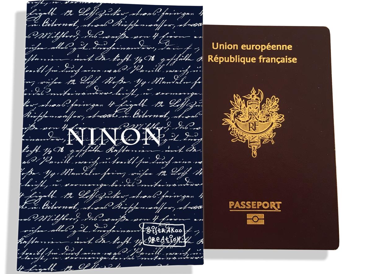 Protège passeport personnalisable pour homme motif Ecritures