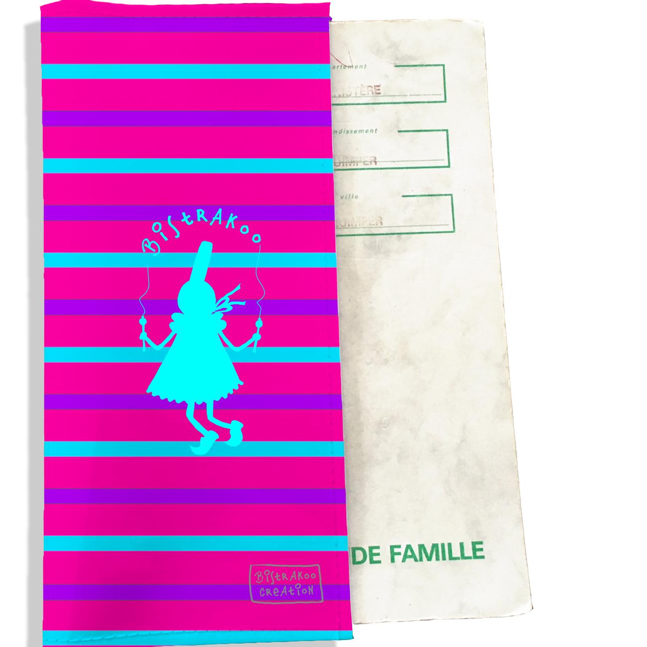 Protège livret de famille motif Bigoudène bleue marinière multicolore L1043