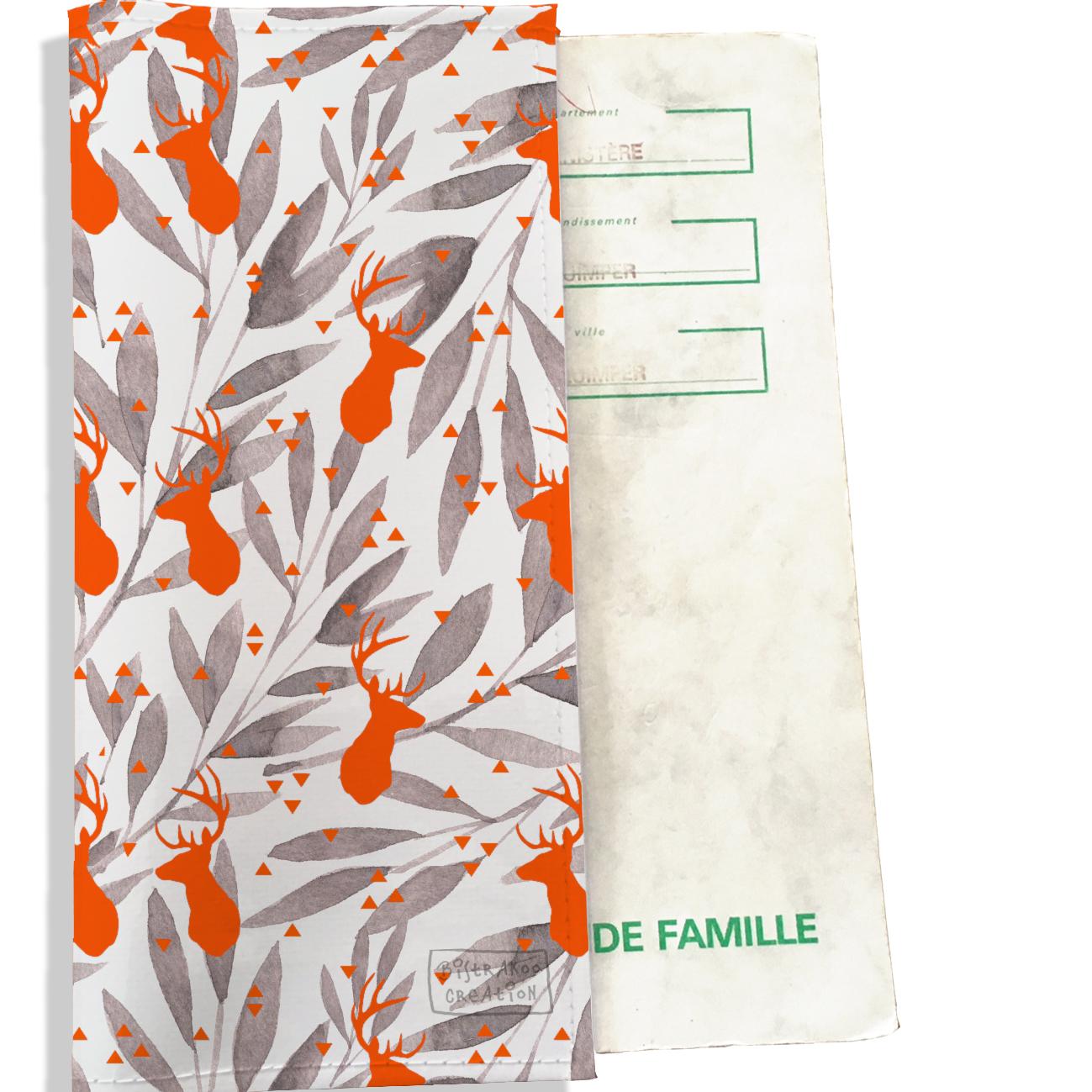 Protège livret de famille motif cerfs orange feuillage gris 2537