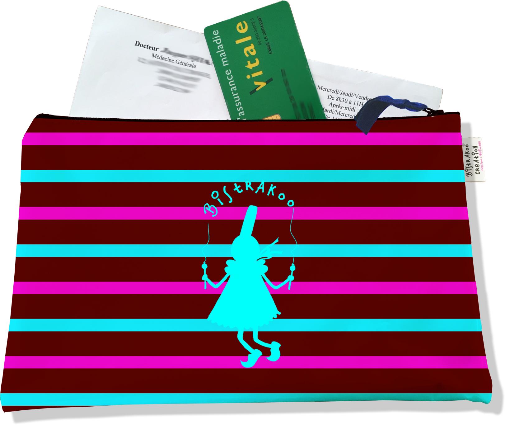 Porte ordonnances zippé pour femme motif Bigoudène Bistrakoo Bleue fond Marinière multicolore 685