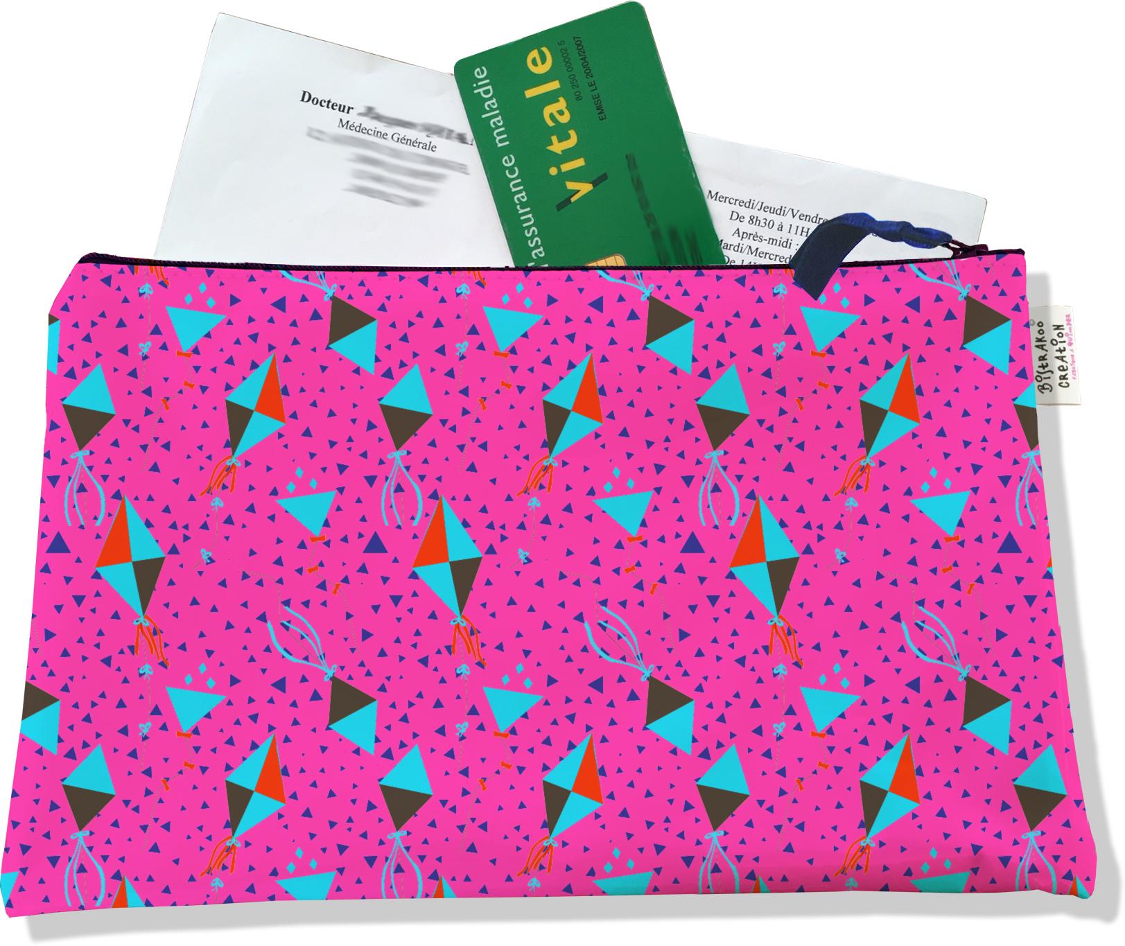 Porte ordonnances zippé pour femme motif Cerfs-volants fond fushia 3085
