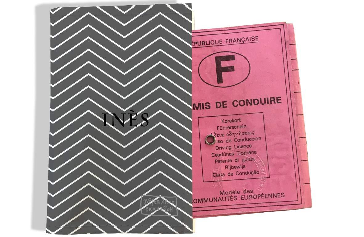 Protège permis de conduire personnalisé pour femme motif Chevrons blancs fond gris P2084