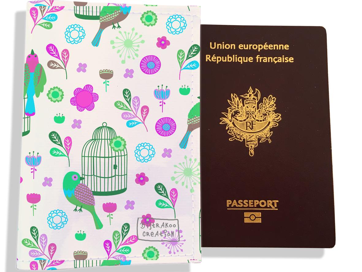 Protège passeport pour femme motif Oiseaux et cages PP6029