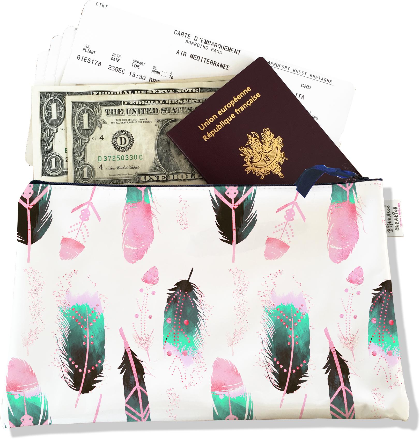 Pochette voyage, porte documents pour femme motif Plumes multicolores PV6000-2019