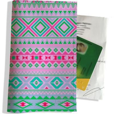 Porte ordonnance et carte vitale Graphique vert et rose 2511