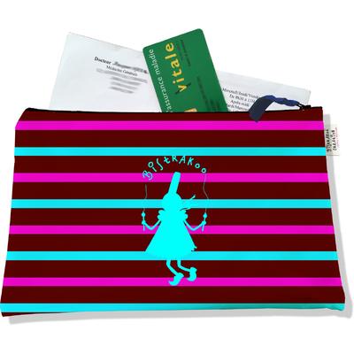 Porte ordonnances zippé pour femme Bigoudène Bistrakoo Bleue fond Marinière multicolore 685
