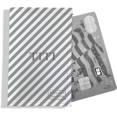 Porte-carte bancaire personnalisé femme rayures grises P2073-2015