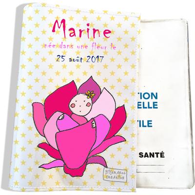 Protège carnet de santé personnalisé bébé fille motif Fleurs