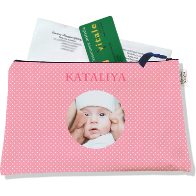Porte ordonnances personnalisable zippé pour bébé fille Enfant - photo et texte de votre choix (POZ2062-2015)