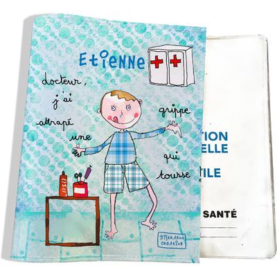 Protège carnet de santé personnalisé bébé garçon motif docteur, j'ai attrapé une grippe qui tousse